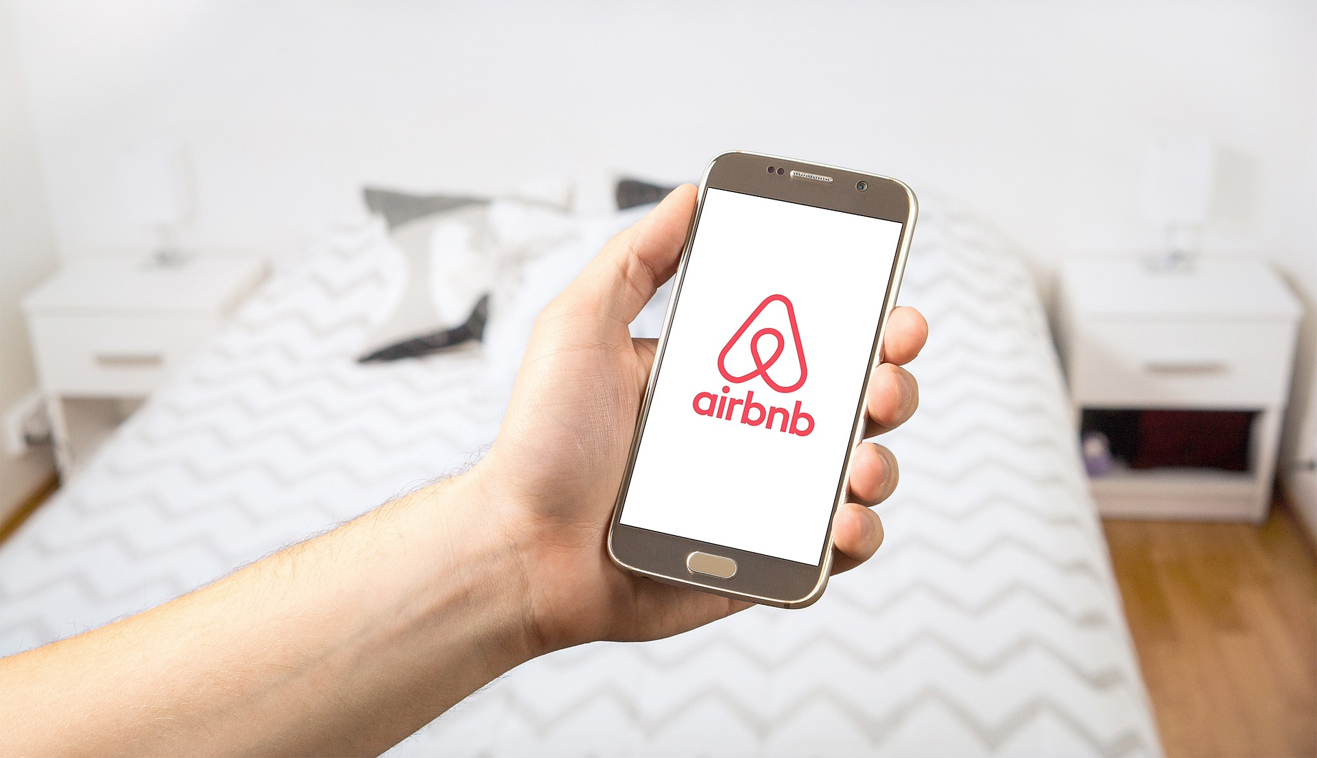 How to be an airbnb host and pay for your holiday for Airbnb how to pay
