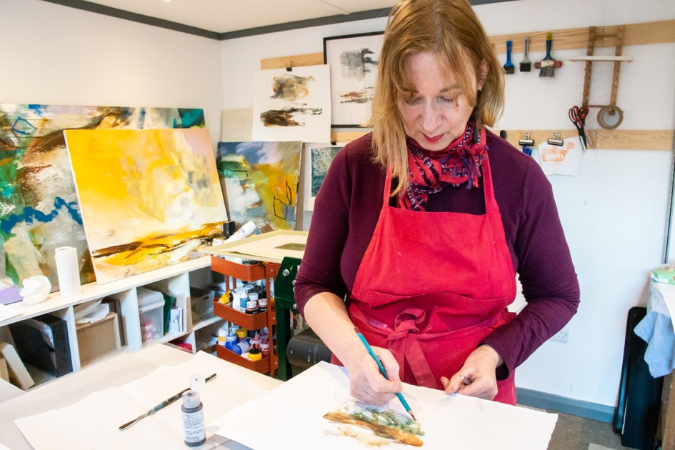 Award Winning Artist Lesley Birch at work in her home studio